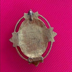 Jewelry - Rose pendant